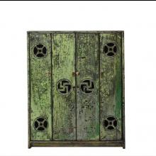 Chinesischer Schrank aus Echtholz in Grün im Used-Look