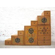 Stufen-Kommode Tibet Design