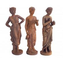 Klassische Tänzerinnen drei kleine Statuen Gußeisen rostbraun