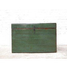 China Mongolei 1900  Truhe dunkelgrün lackierte Pinie mit Gebrauchsspuren von Luxury-Park